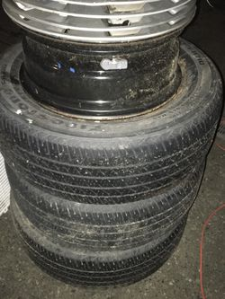 FREE 215/60/16 Tires And Rims With Hub Covers for Sale in Lynnwood,  WA