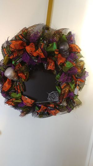 Halloween Wreath with chalkboard for Sale in Knoxville, TN