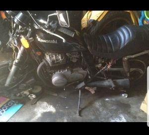 Kawasaki 440 motorcycle 1981 for parts for Sale in Chicago, IL