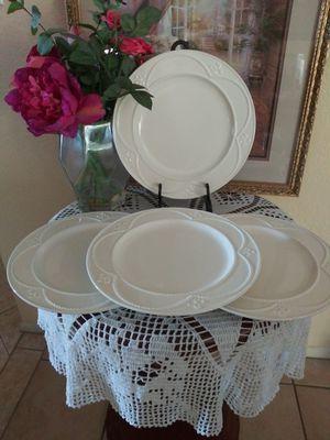 PLATOS GRANDES MARBELLA PRINCESS HOUSE 🏡 (4) for Sale in Corona, CA