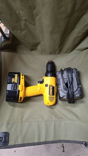 Dewalt 18v drill and charger for Sale in Georgetown, TX