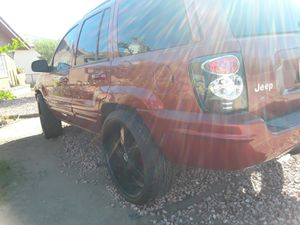 Stunning non running jeep gr9and Cherokee 2002 for Sale in Phoenix, AZ