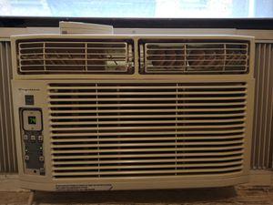 Frigidaire AC Unit 6000BTU for Sale in New York, NY
