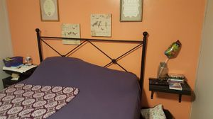 Queen bed frame for Sale in Hagerstown, MD