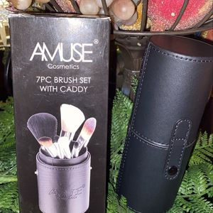 AMUSE 7pc Brush Set With Caddy for Sale in South Gate, CA