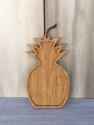 Pineapple wood cutting board | decor for Sale in Los Angeles, CA