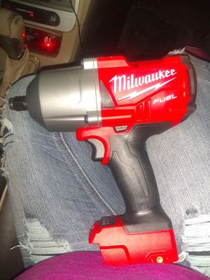Milwaukee fuel 1/2 inch impact with 5.0 battery for Sale in Lawton, OK