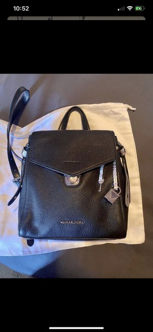 Michael Kors Black Leather Backpack for Sale in Long Beach, CA