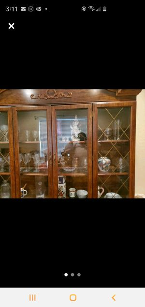 2 piece China Cabinet for Sale in Henderson, NV