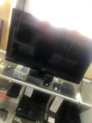 Tv 2018 32 inch for Sale in Los Angeles, CA