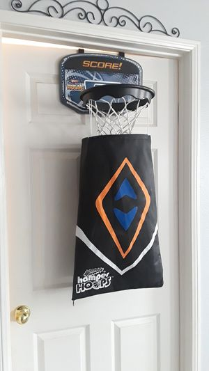 Laundry Basketball hoop for Sale in Menifee, CA