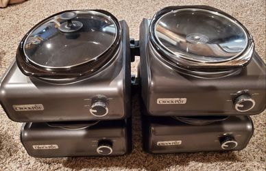 Crock Pot 2qt. Warming Station for Sale in Puyallup,  WA