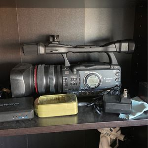 Canon XH-A1 Camcorder for Sale in Newark, CA