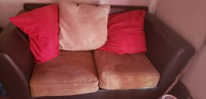 small couch for Sale in Hemet, CA