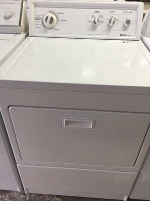 Kenmore white dryer heavy duty capacity in excellent condition plus 6 months warranty for Sale in Pompano Beach, FL