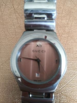 Gucci watch for Sale in Antioch, CA
