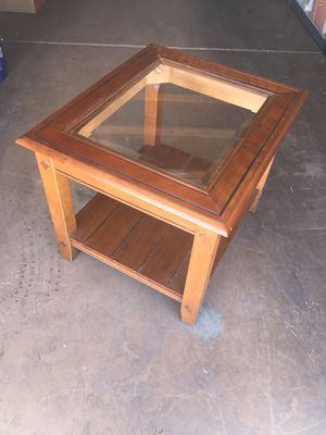 End table for Sale in Avondale, AZ