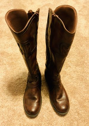 Bare traps Women's Zipper Calf Leather Boots (Size 8) for Sale in Crofton, MD