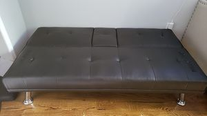 Recliner couche / bed with cup holders for Sale in The Bronx, NY