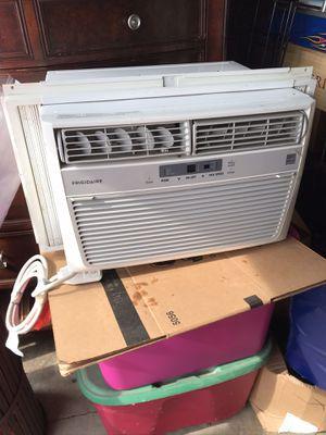 Frigidaire air conditioner for Sale in Manassas, VA
