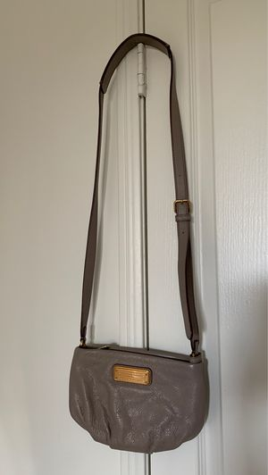 Marc Jacobs Crossbody Bag (Like New) for Sale in Irvine, CA