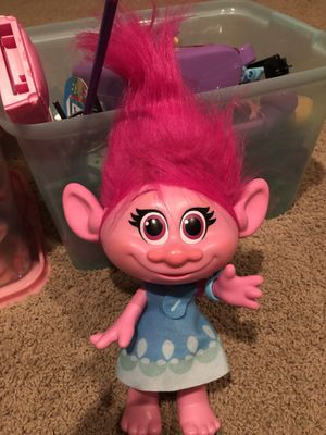 Poppy troll new play doll. for Sale in Jupiter, FL
