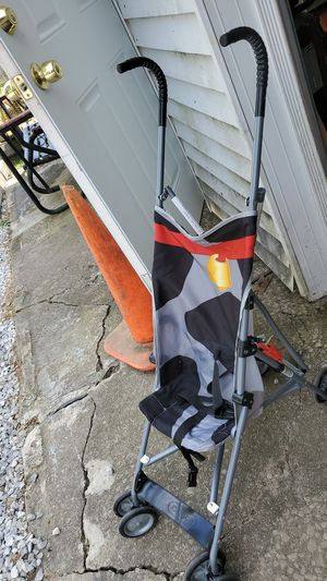 Umbrella stroller $10.00 for Sale in North Ridgeville, OH