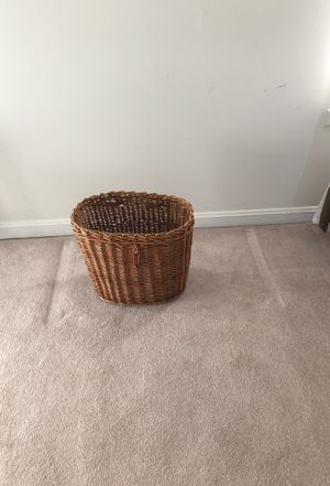 Magazine wicker basket for Sale in Sterling, VA