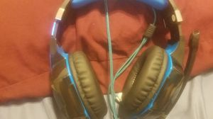 Headset for Sale in Tacoma, WA