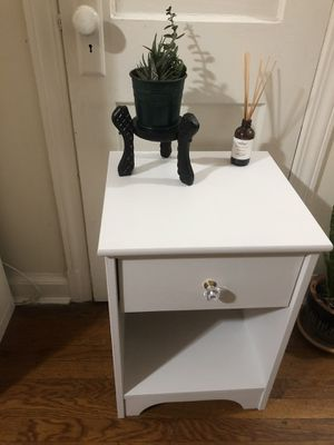 Pine nightstand/side table in white for Sale in Takoma Park, MD