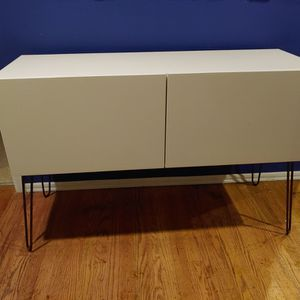 Mid Century Style Credenza for Sale in Kirkland, WA