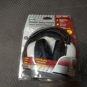 Safety Works Ear Protection w/Bluetooth for Sale in Chico, CA