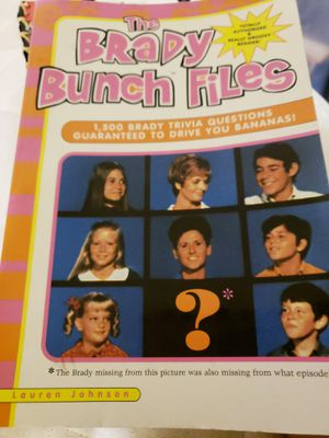 Brady bunch files trivia book for Sale in Fresno, CA