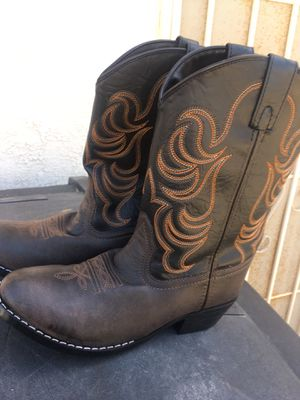 Cow boy- cow girl boots for Sale in Riverbank, CA