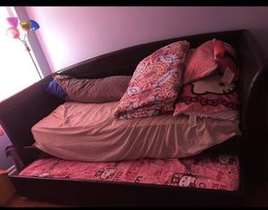 Pull out bed twin size for Sale in Rockville, MD