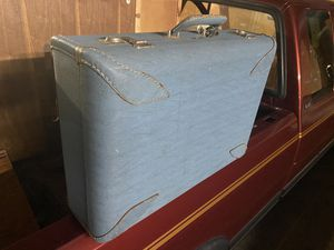 Vintage suitcase for Sale in Huntington Beach, CA