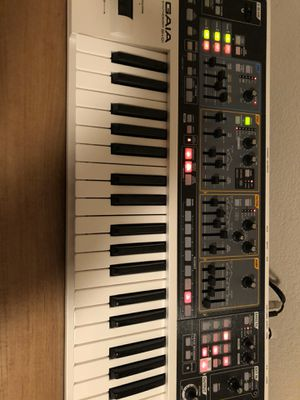 Roland Gaia synthesizer plus custom sound card, like new for Sale in Morgan Hill, CA