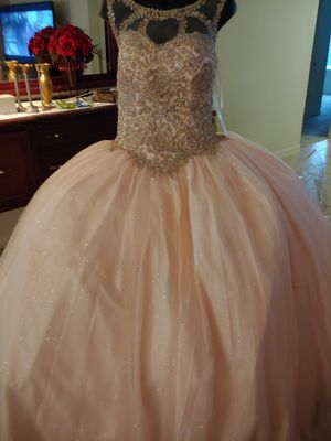 Designer dress quinceanera for Sale in Houston, TX