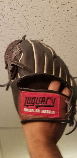 Like new mexican baseball glove for Sale in Los Angeles, CA