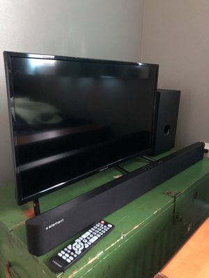 "32"" Element TV and 2.1 Bluetooth Soundbar with Wired Subwoofer for Sale in Monroe, WA"