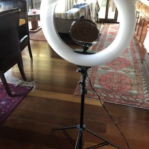 RING LIGHT FOR SALE WARM/WHITE LIGHTING for Sale in San Jose, CA