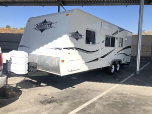 Travel trailer 26ft with slide for Sale in Corona, CA