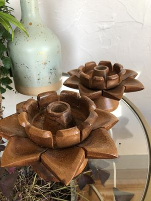 Wood flower candle holders vintage for Sale in Puyallup, WA