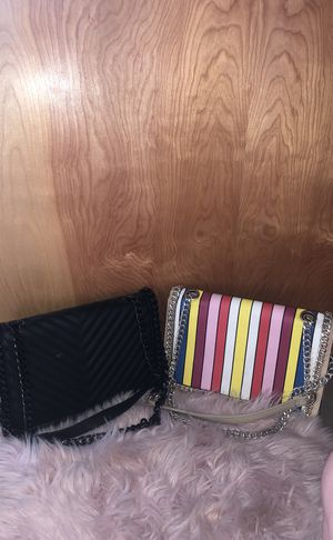 Two Aldo chain purses for Sale in St. Louis, MO