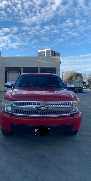 Chevy Silverado 1500 V6 for Sale in Richardson, TX