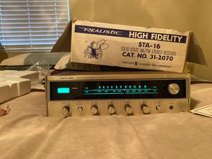 Realistic Hi fidelity am/fm Stereo Receiver with Quatravox 4-channel Synthesizer. for Sale in St. Louis, MO