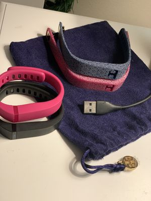 Flex Fitbit 20 with 2 Tory Burch and 2 Fitbit bands for Sale in Midlothian, VA