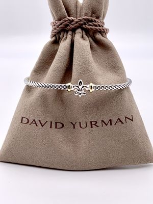 David Yurman 18k Fleur de lis Bracelet for Sale in Brooklyn, NY