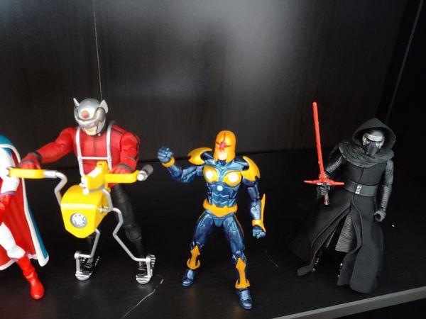 6 Action Figures Bundle