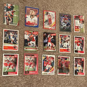 Kansas City Chiefs Football Card Lot Of (15) (Patrick Mahomes ) for Sale in Frederick, MD